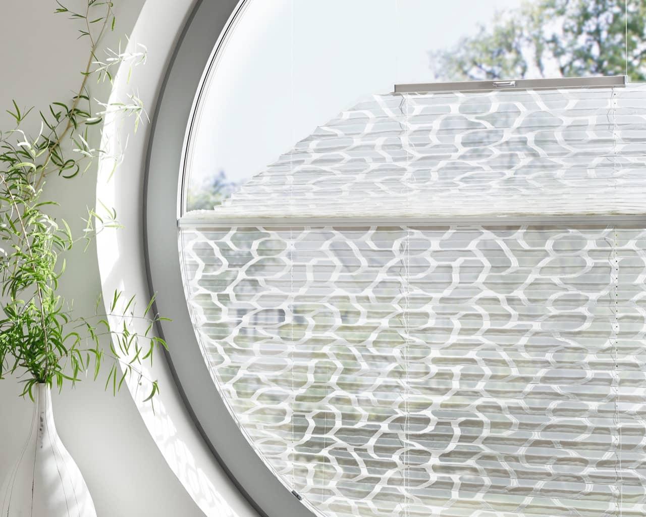 erfal plissees fensterkonzepte schulze in k ln porz. Black Bedroom Furniture Sets. Home Design Ideas